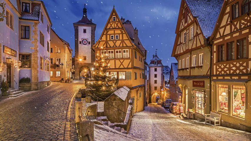 Das Plönlein mit dem Sieberstor und Kobolzeller Tor, Rothenburg ob der Tauber, Bayern, Deutschland