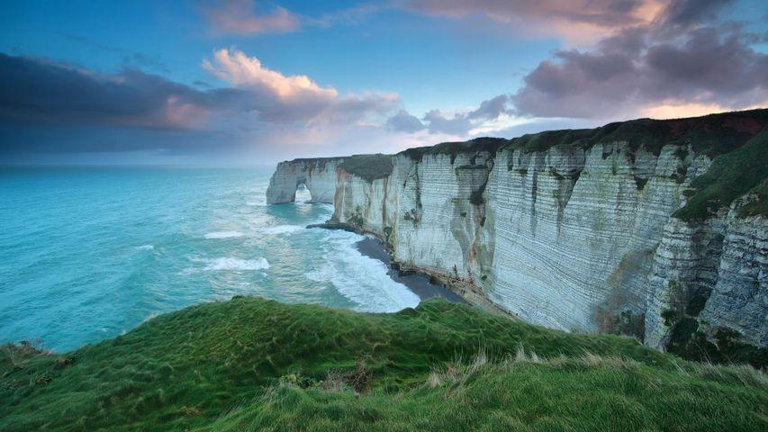 Felsklippen bei Étretat, Département Seine-Maritime, Normandie, Frankreich