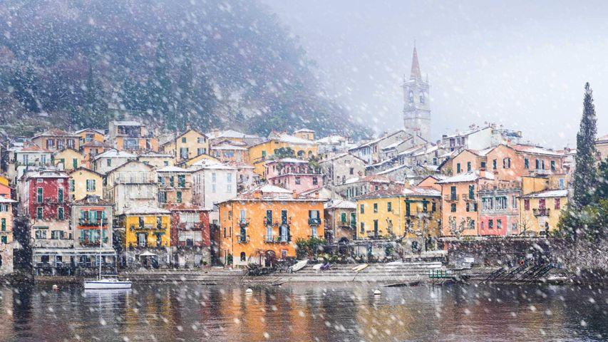 Varenna, Italien, am Ufer des Comer Sees