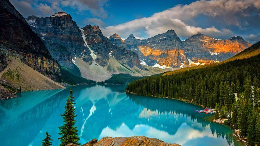 Zeitraffervideo vom Moraine Lake im Banff-Nationalpark, Alberta, Kanada