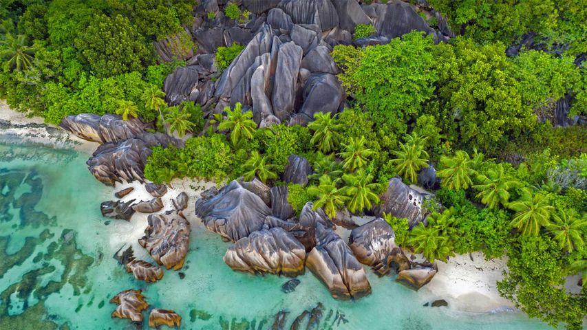 Felsen am Strand von Anse Source d'Argent, La Digue, Seychellen