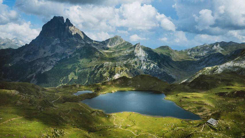 Lacs d'Ayous am Fuß des Pic du Midi d'Ossau, Pyrenäen, Frankreich
