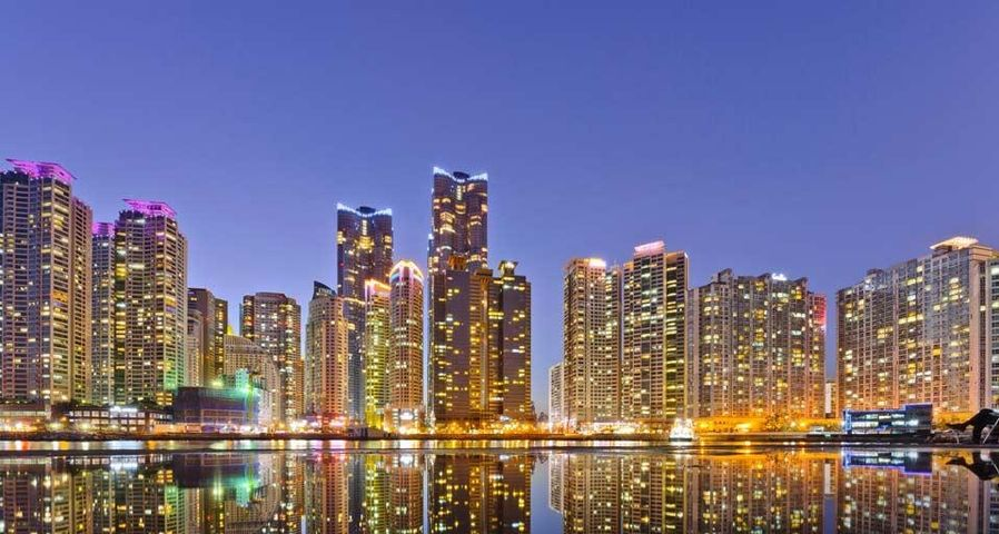 Skyline des Hafenviertels in Busan, Südkorea