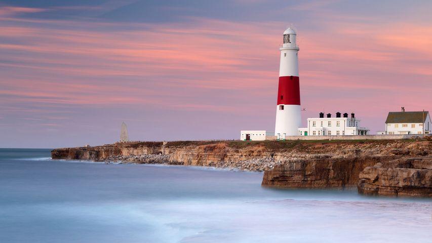 Portland Bill Lighthouse in der Morgendämmerung, Isle of Portland, Grafschaft Dorset, England